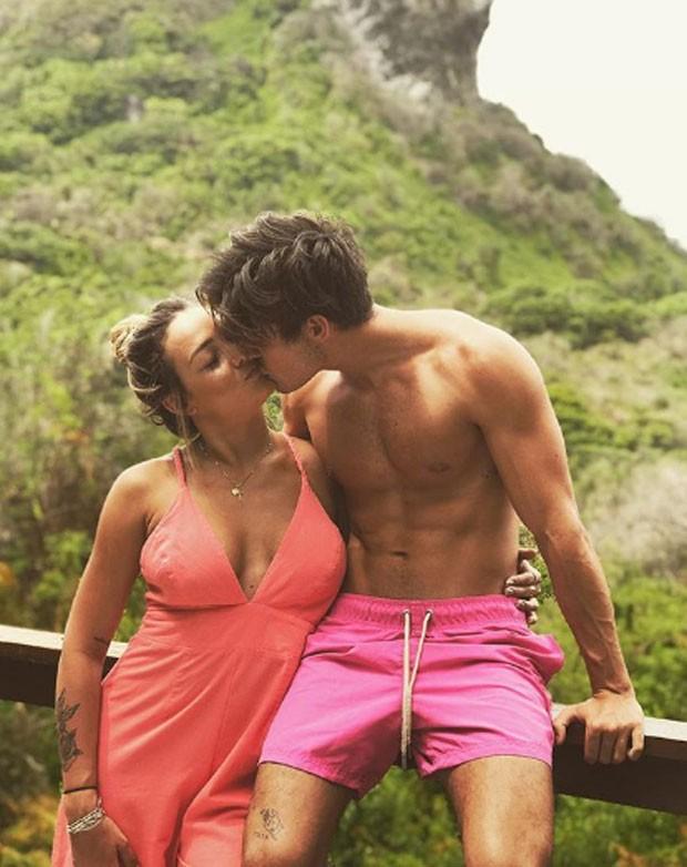 Vinicius Martinez e Carol Dantas (Foto: Reprodução)