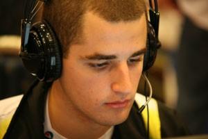 Gabriel Sguário, ciberatleta de 'Counter-Strike', dá aulas do game em escolinha virtual (Foto: Arquivo Pessoal)