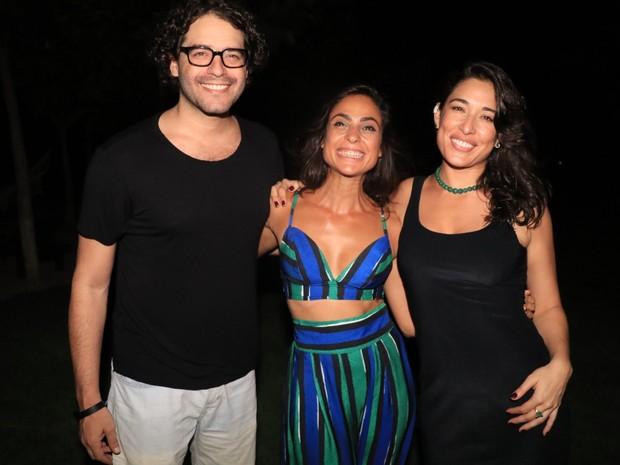 Guilherme Winter, Paula Simões e Giselle Itié em evento em hotel em Jericoacoara, no Ceará (Foto: Fred Pontes/ Divulgação)