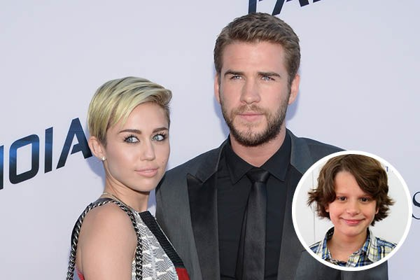 Miley Cyrus, Liam Hemsworth e Bobby Coleman (Foto: Getty Images)