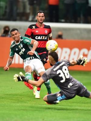 Gabriel Jesus Alex Muralha Palmeiras Flamengo (Foto: Marcos Ribolli)