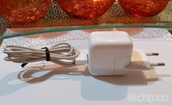 cabo iphone (Foto: Lívia Dâmaso/TechTudo)