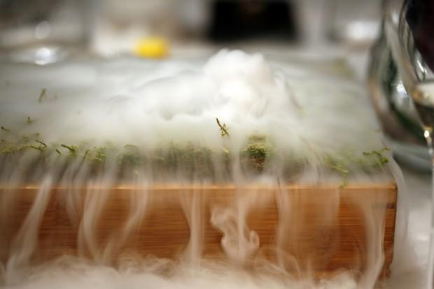 Experiência culinária com nitrogênio líquido é destaque do The Fat Duck (Foto: Charles Haynes / Flickr)