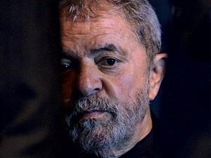 MAGOOU Lula voava no jato do Santander e ficou chateado com os prognósticos negativos sobre o governo Dilma (Foto: Ale Vianna/Brazil Photo Press/Estadão Conteúdo)