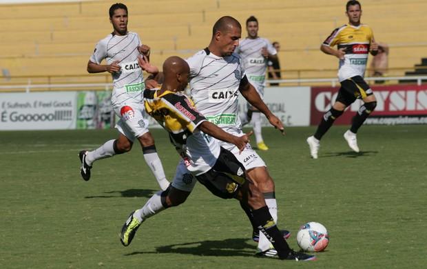 Criciuma x Figueirense (Foto: Fernando Ribeiro/Agência Estado)