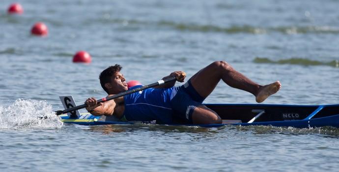 Isaquias Queiroz Dos Santos canoagem Moscou, ICF Canoe Sprint World Championships (Foto: AP)