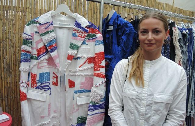 A alemã Gesine Försterling conquistou o prêmio oferecido pela Chloé pela coleção focada em bordados em novas interpretações (Foto: Carlos Augusto Santos)