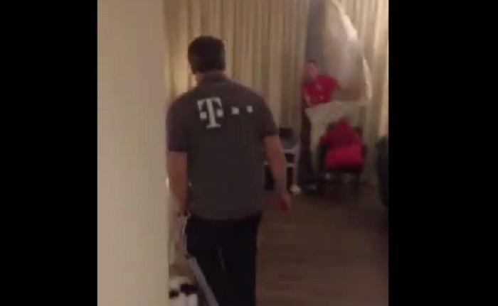 BLOG: Alaba e Ribéry se juntam para dar susto em médico do Bayern de Munique
