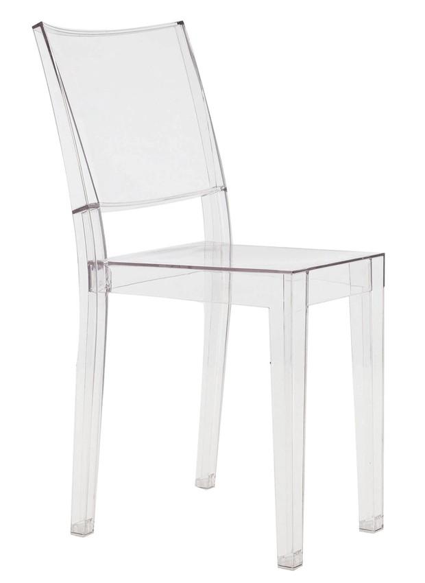 cadeira-la-marie-do-designer-philippe-starck-para-a-marca-italiana-kartell-primeira-transparente-plastico.jpg (Foto: Divulgação)