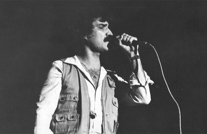 Belchior durante show em São Paulo em 1979