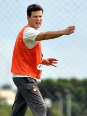 gustavo silva, atletico-pr (Foto: Fabio Wosniak/Atlético-PR)