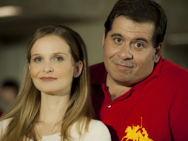 Fernanda Rodrigues e Leandro Hassum em 'Vestido pra casar' (Foto: Divulgação)