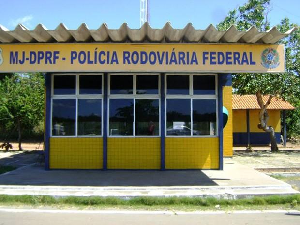 Polícia Rodoviária Federal de Parnaíba (Foto: Ellyo Teixeira/G1)