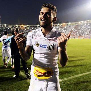 Comemoração gol Lucas Lima Santos X São Paulo (Foto: Marcos Ribolli)