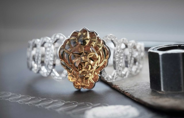 "A lion's head watch from Chanel's ""l'Espirit du Lion"" collection (Foto: CHANEL)"