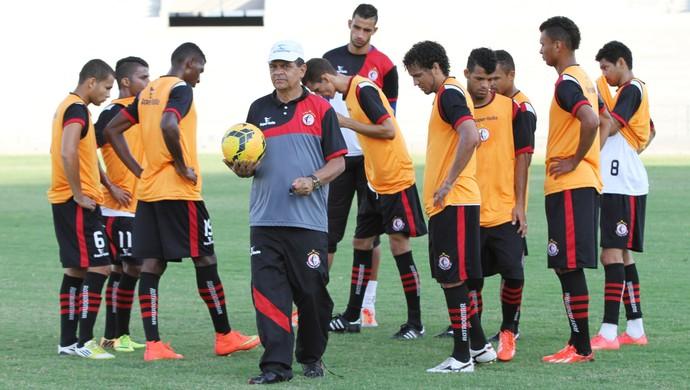 campinense, treino, francisco diá (Foto: Júlio Cezar / Jornal da Paraíba)