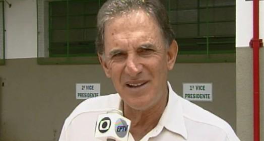 Ex-jogadores lembram Carlos Alberto Silva, campeão brasileiro  pelo Guarani e prata em Seul 88. Treinador faleceu nesta sexta (Reprodução / EPTV)