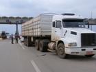 Polícia apreende tabletes de maconha em caminhão na Castello Branco