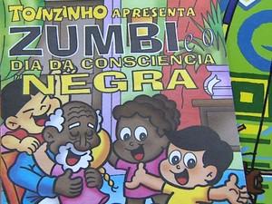 Professora de Araraquara leva livros de cultura afro à sala de aula (Foto: Paulo Chiari/EPTV)