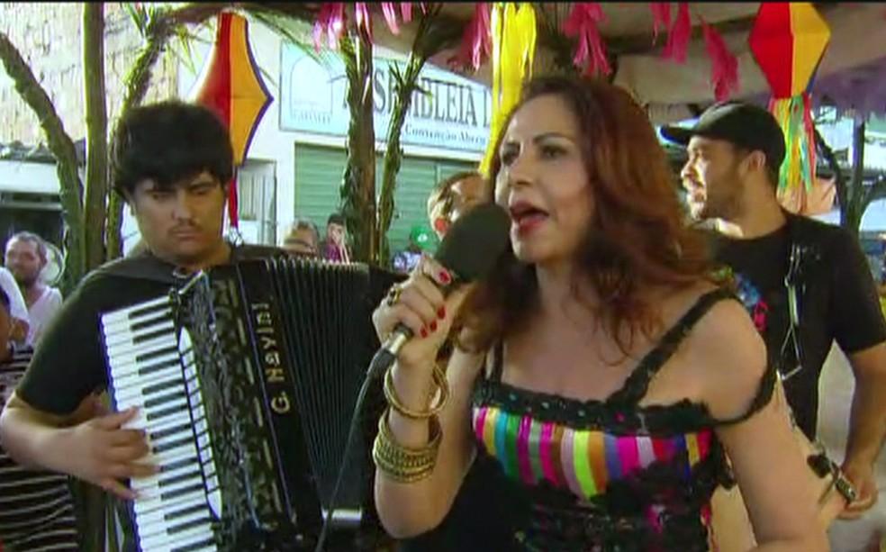 Homenageada do São João 2017 no Recife, Cristina Amaral se apresenta no Pátio de São Pedro e em Brasília Teimosa na quinta (29) (Foto: Reprodução/TV Globo)