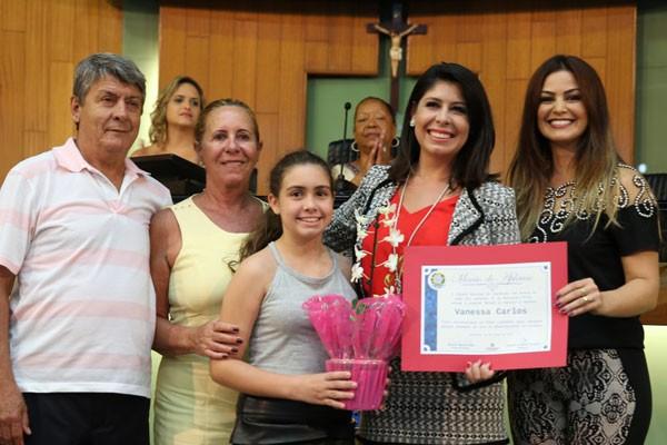 Vanessa Carlos e familiares (Foto: Arquivo Pessoal)