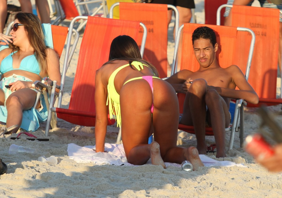 Nicole Bahls (Foto: Henrique Oliveira / Foto Rio News)
