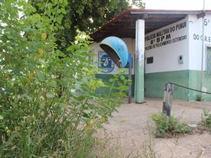 Posto fica localizado na principal avenida do bairro (Foto: Patrícia Andrade/G1)