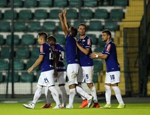 Jogadores do Cruzeiro comemoram gol (Foto: Cristiano Schmidt Andujar/Light Press/Cruzeiro)