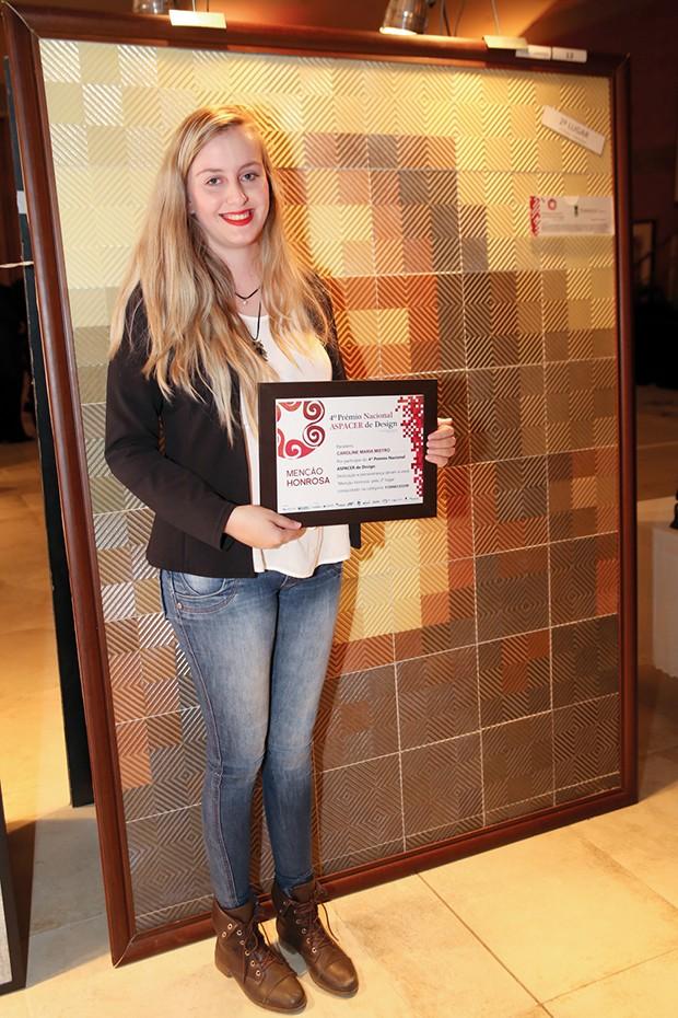 2º lugar – Caroline Maria Mistro – Torrecid do Brasil