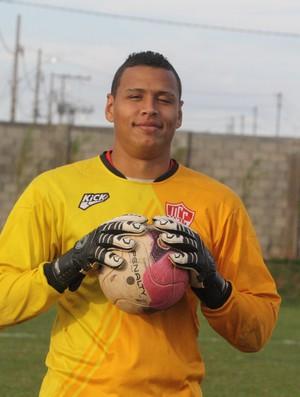 Glaycon, goleiro do Uberaba Sport (Foto: Enerson Cleiton)
