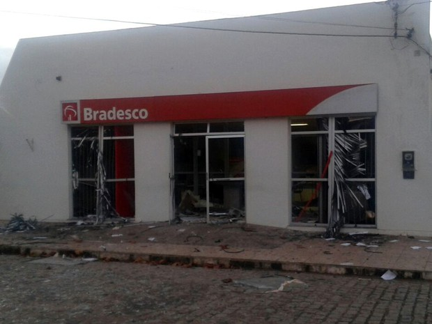 Banco (Foto: Luís Claudio / Arquivo Pessoal)