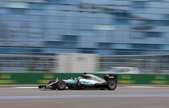 Hamilton vence duelo caseiro no fim; Massa é 5º no terceiro treino na Rússia