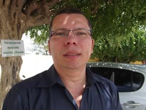 Éder Jofre é professor doutor no método Paulo Freire (Foto: Fernanda Zauli/G1)