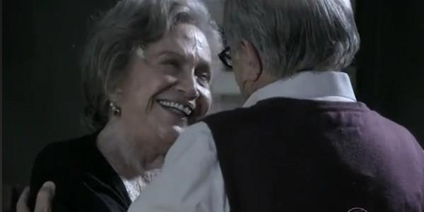 Bernarda e Lutero vivem amor na 3ª Idade em Amor à Vida (Foto: Reprodução Rio Sul Revista)