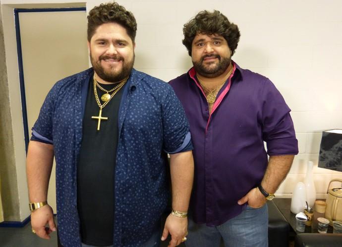 Cesar Menotti e Fabiano no camarim do Caldeirão do Huck  (Foto: Larissa Moggi/Gshow)