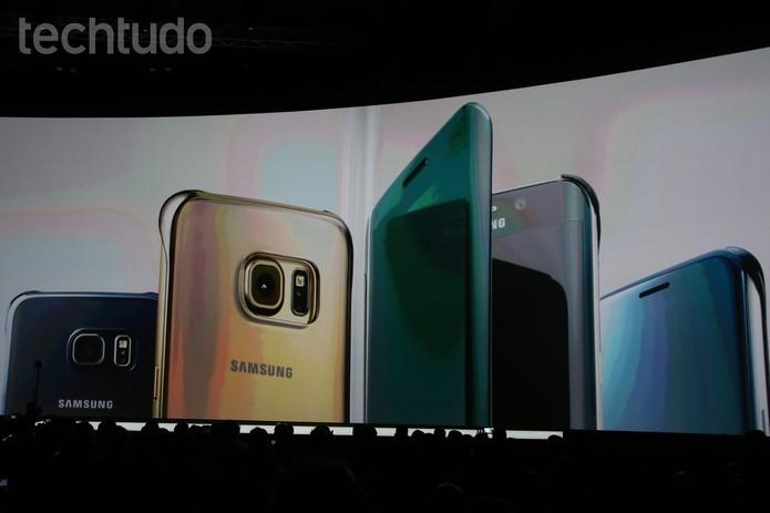 Galaxy S6 Edge chega com design todo em metal (Foto: Fabricio Vitorino/TechTudo)