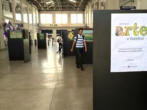Obras falam sobre o amor pelo futebol (Foto: Guilherme Berti/PMMC)