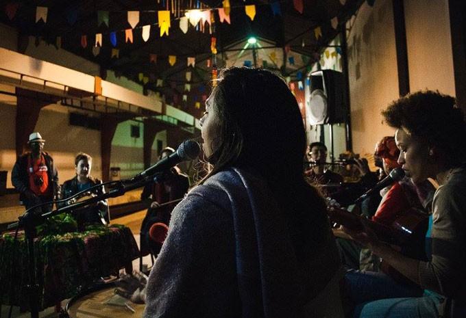 Projeto quer pensar o papel da mulher no samba