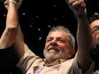 Eleitora interrompe discurso de Lula no AM e faz oração por políticos