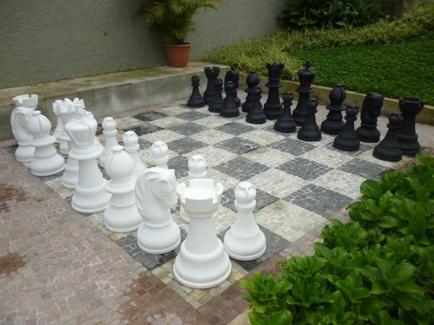 Tabuleiro de xadrez gigante (Foto: Andressa Canejo)