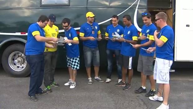 Grupo passou quatro anos se preparando para curtir a Copa (Foto: Reprodução)