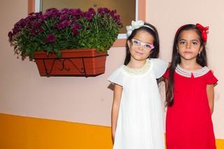 Helena e Isabella, filhas de Luciano Camargo (Foto: Manuela Scarpa/Photo Rio News)