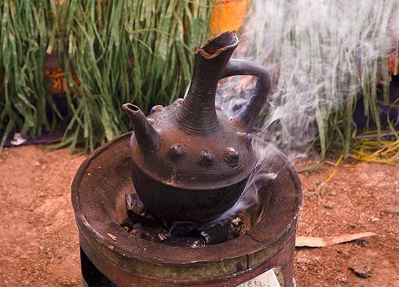 Cerimônia do Café mostra importância do grão na sociedade etíope