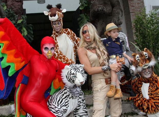 O tema da festa de Vittorio foi Safari (Foto:  Leo Franco e Thiago Duran/AgNews)