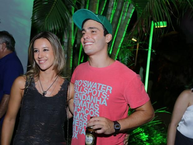 Cristiane Dias e Thiago Rodrigues em festa na Zona Oeste do Rio (Foto: Marcello Sá Barretto/ Ag. News)