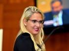 Justiça determina retirada de página na internet que difama deputada de MT