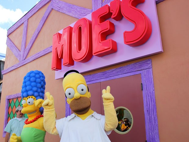Bar do Moe na nova área temática dos Simpsons no parque Universal Studios Florida (Foto: Ricky Brigante - Inside the Magic - Creative Commons)