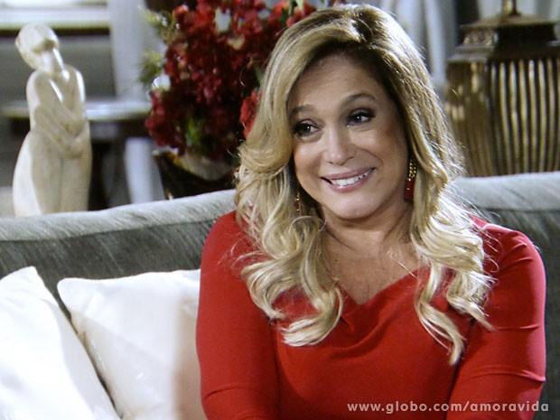 ecfbbe1cca Pilar (Susana Vieira) cogita romance com Maciel (Kiko Pissolato) e ...