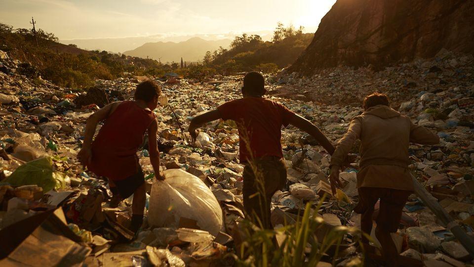 Filmado no Brasil, 'Trash' conta com Rooney Mara, Selton Mello e Wagner Moura no elenco (Foto: Divulgação )