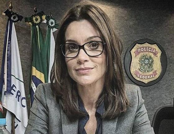 Flávia Alessandra tem filmado na sede da PF, em Curitiba, o filme Polícia Federal- a leia é para todos (Foto: Divulgação)